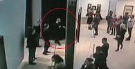 Появилось видео момента кражи картины Куинджи