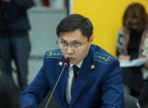 Прокурор управления по противодействию коррупции и надзору за исполнением законов Генеральной прокуратуры Чингиз Айдаров