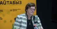 Чрезвычайный и полномочный посол Германии в Кыргызстане Моника Иверсен во время интервью на радиостудии Sputnik Кыргызстан