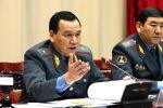 Министр внутренних дел КР Кашкар Джунушалиев заявил, что ведомство могло и не сообщать о задержаниях милиционеров, подозреваемых в преступлениях.
