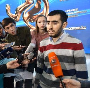 Житель Алматы Исмаил Турсунов, которому впервые в мире имплантировали систему поддержки сердца FIVAD с технологиями будущего
