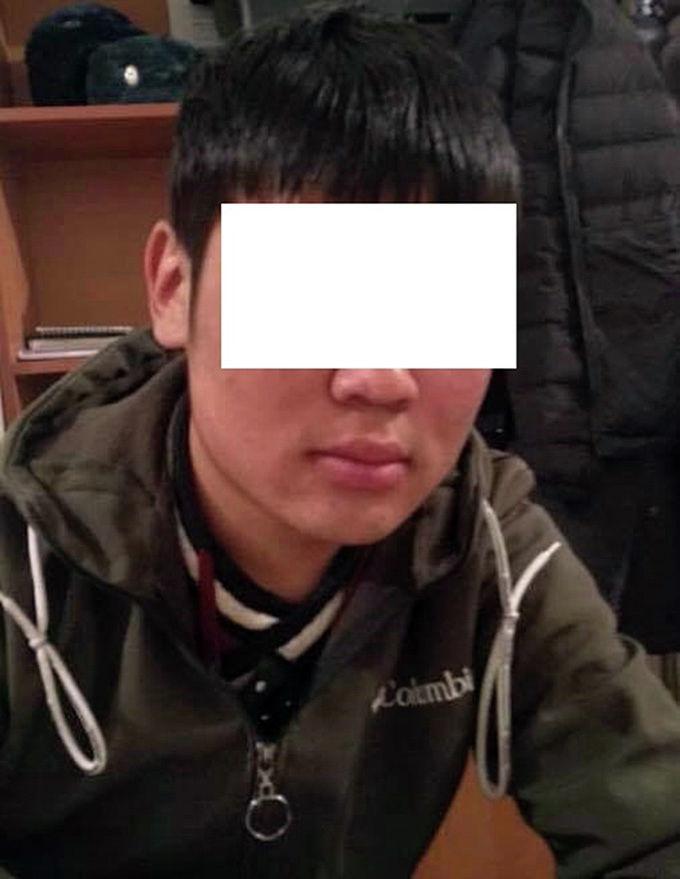 Подозреваемый в краже сотового телефона из мечети в Бишкеке