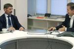 Несмотря на плохие отношения Тегерана с Вашингтоном товарооборот между Ираном и Афганистаном растет. Почему же не развиваются экономические связи Афганистана со странами Центральной Азии? На этот вопрос отвечает руководитель Российского центра науки и культуры в Кабуле Вячеслав Некрасов.