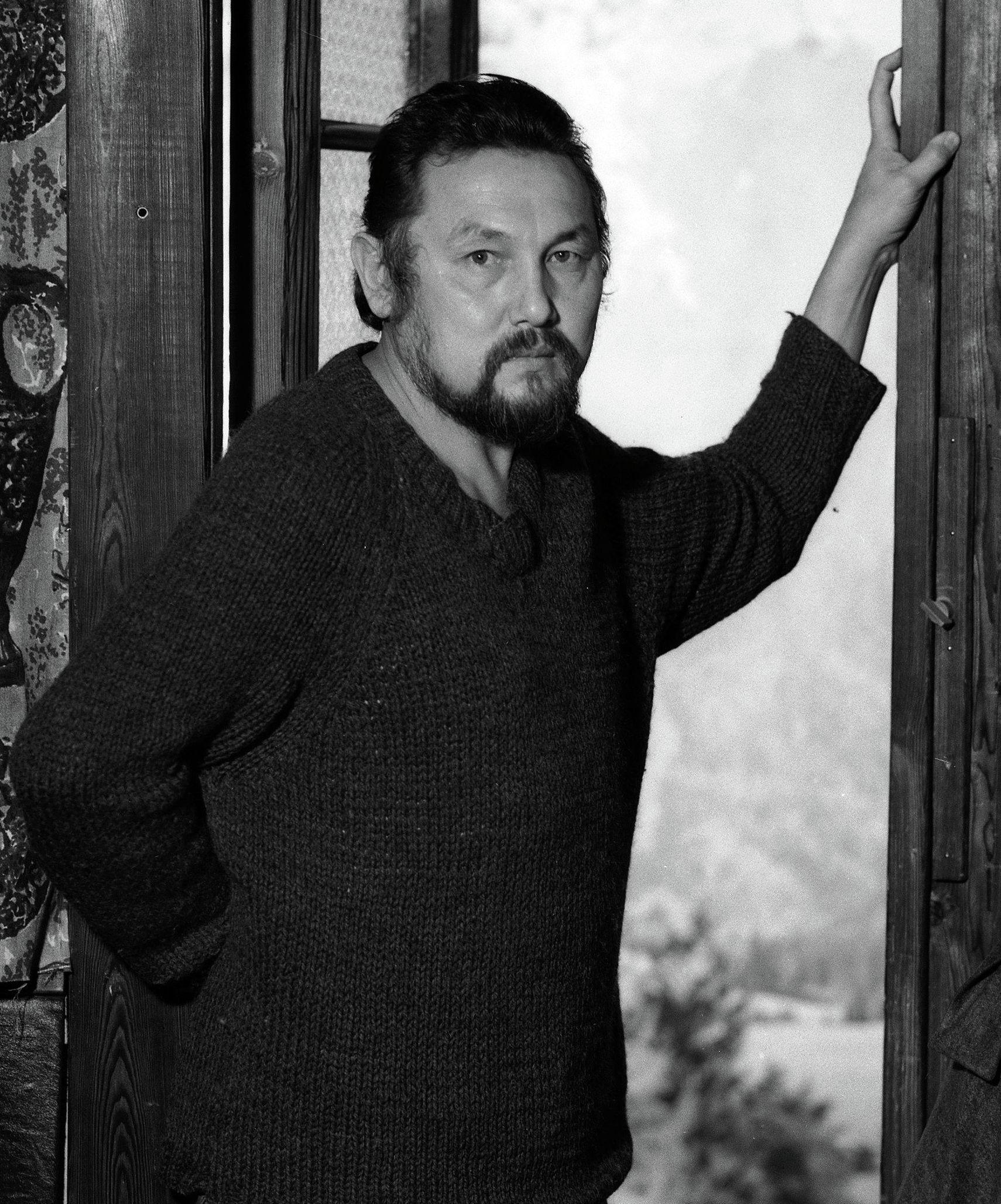 Кыргызский писатель, поет Улан Токомбаев