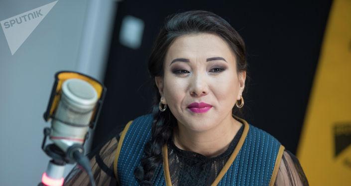 Төкмө акын Изат Айдаркулова