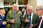 Полковник Владимир Ерсак (слева) иего боевые товарищи наприеме впосольстве РФ вКабуле