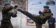 Показательные выступления военнослужащих Национальной гвардии с демонстрацией элементов рукопашного боя