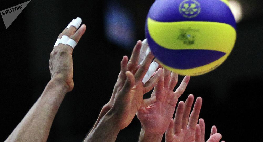 Волейболисттер. Архивдик сүрөт