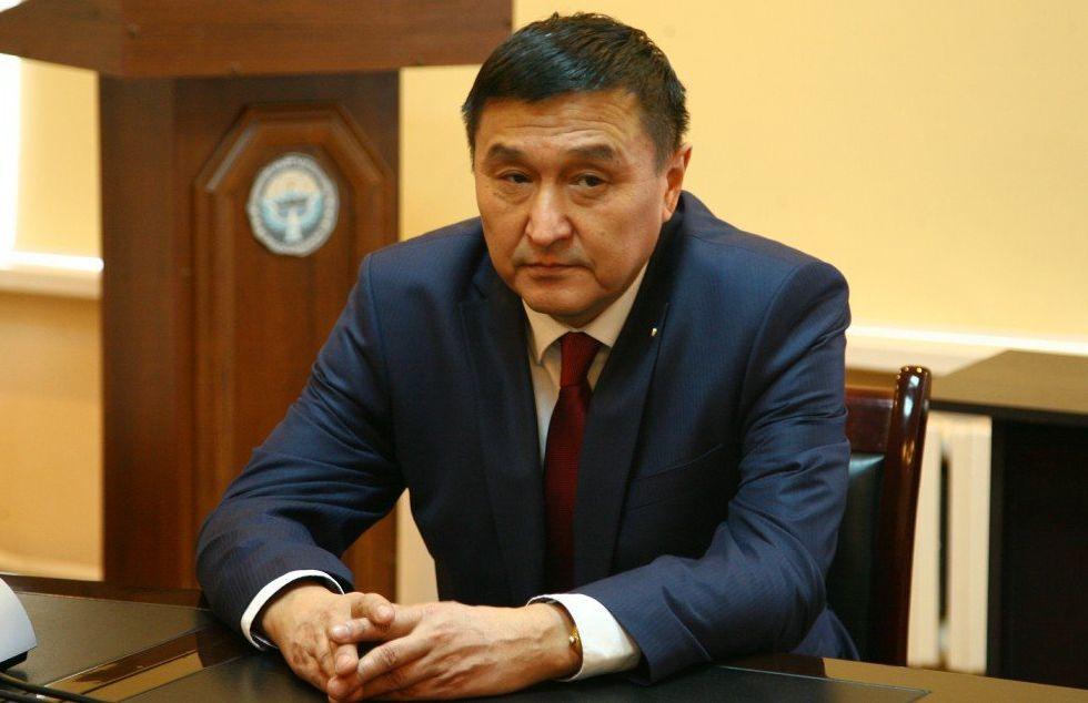 Задержанный со взяткой заместитель министра транспорта и дорог Азимкан Жусубалиев