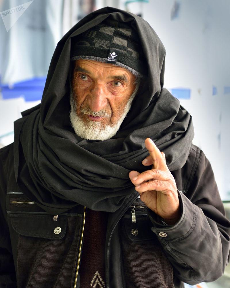 Самый старший работник мемориального комплекса Хода Дад говорит, что Масуд еще при жизни снискал огромную популярность в Афганистане, а после смерти стал культовой, почти легендарной фигурой, сравнимой с Че Геварой в Латинской Америке.