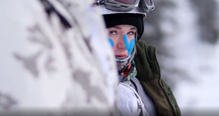 Сборная России по ски-альпинизму среди девушек-военнослужащих готовится к выступлению на крупнейших международных соревнованиях среди альпинистов Эдельвейс Рейд - 2019 в Австрии. Ранее девушки участвовали во всеармейском этапе конкурса Саянский марш.