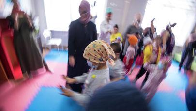 Праздничное мероприятие в честь всемирного дня детей, больных раком в детском отделении Национального центра онкологии и гематологии в Бишкеке