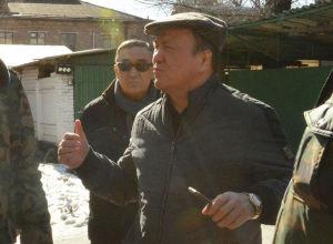 Жаза аткаруу мамлекеттик кызматынын жаңы дайындалган төрагасы Мелис Турганбаев Бишкектеги колонияларды кыдырып, ишин көрдү.