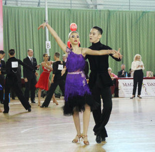 Кыргызстанские танцоры завоевали семь медалей на XIV Международном турнире по спортивным бальным танцам Love Story в Алматы