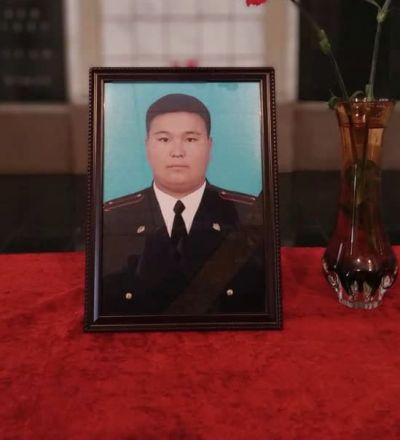 Погибший в ДТП сотрудник милиции Бейшембай Боронбай уулу