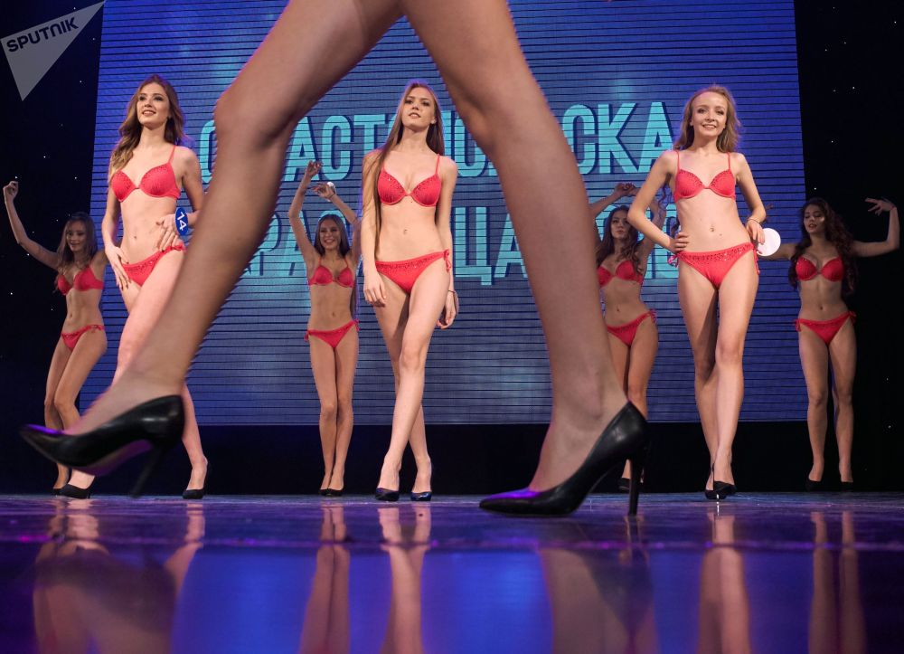 Участницы конкурса Севастопольская красавица — 2019