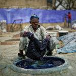 Традиционное окрашивание тканей в Нигерии