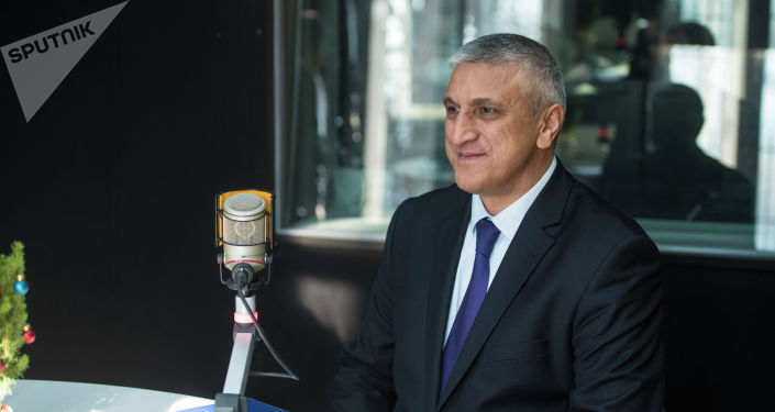 Кыргызстандагы Өзбекстандын элчиси Комил Рашидов