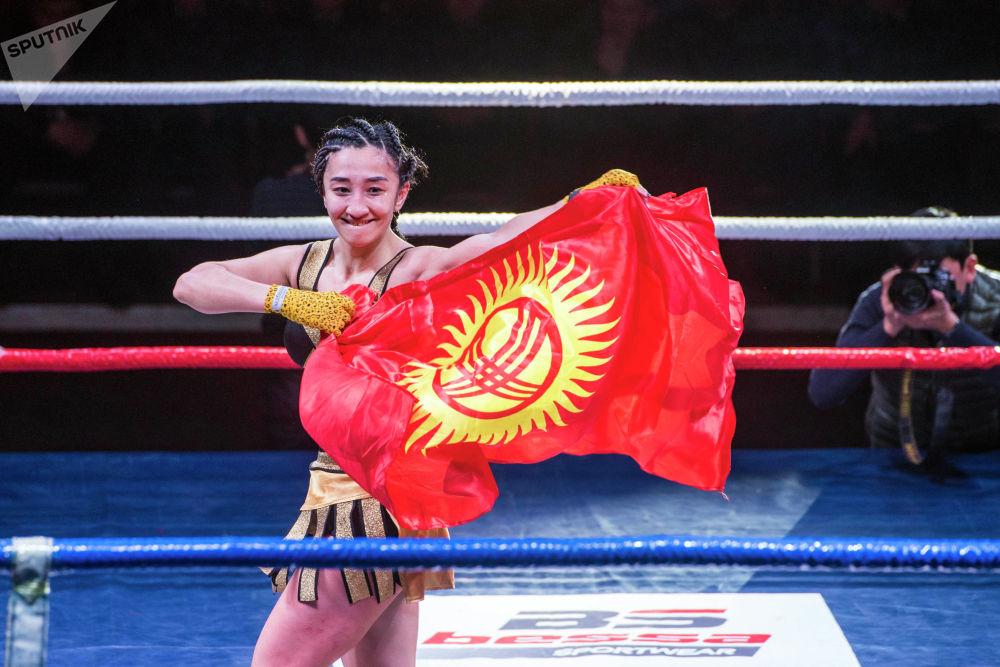 Жеңиш... Кыргызстандык Шахриза Халилова өзбекстандык Мухае Эркинованы жеңди