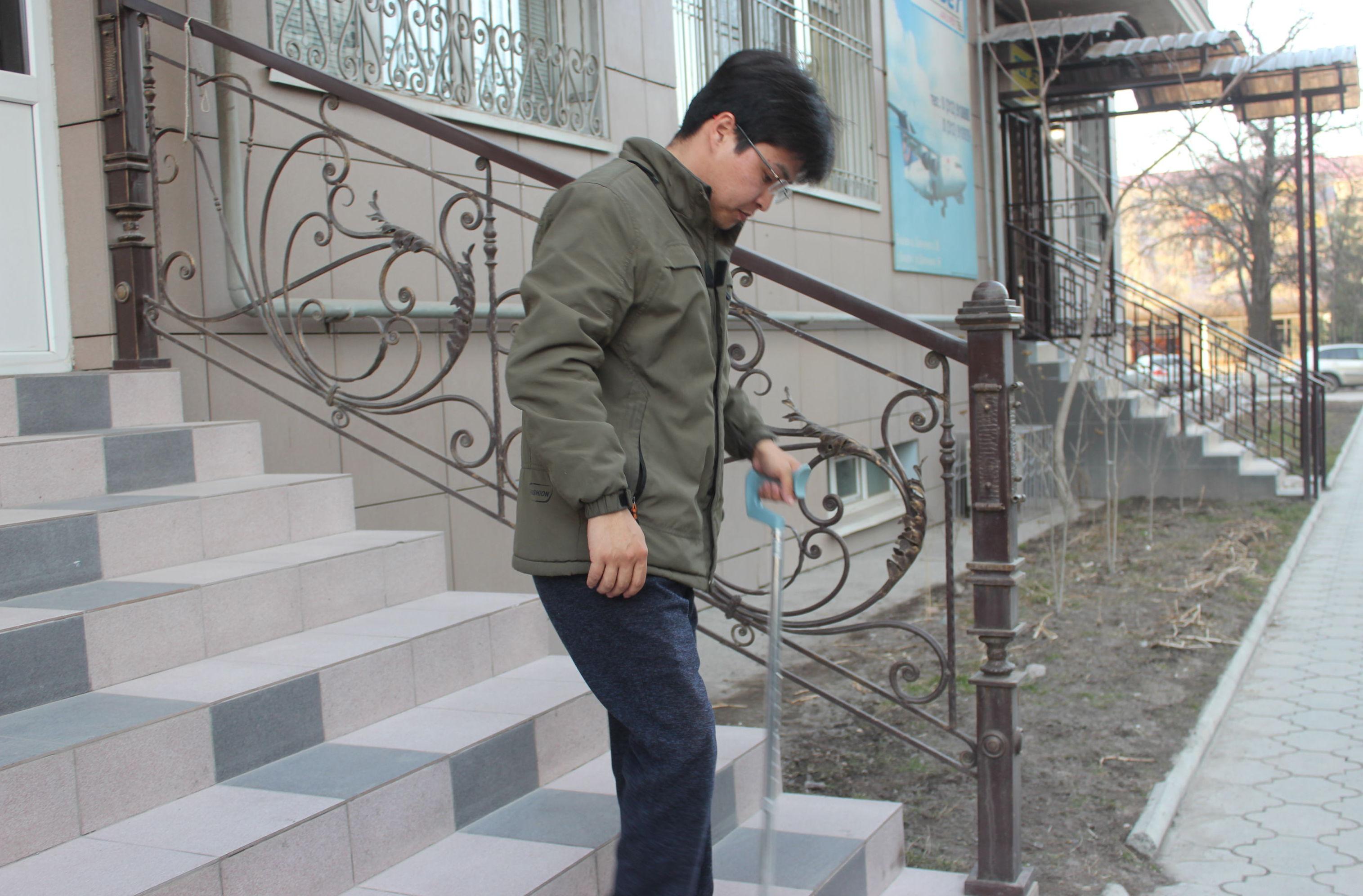Страдающий гемофилией Аскат Букарбаев