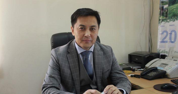 Эмгек жана социалдык өнүктүрүү министрлигинин ишке орношууга көмөк көрсөтүү башкармалыгынын башчысы Бактыбек Усупбеков