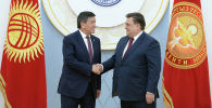 Президент КР Сооронбай Жээнбеков принял заместителя председателя правительства РФ Константина Чуйченко