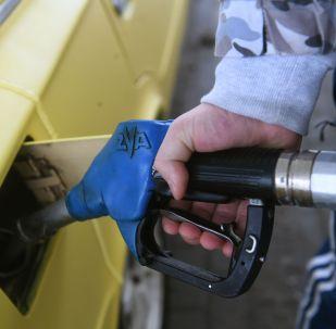 Бензин. Архивдик сүрөт