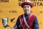 Координатор мероприятия Ак калпак жана Улуттук кийимдер Байзак Жолчубеков во время беседы на радио Sputnik Кыргызстан