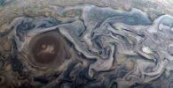 Снимок Юпитера, полученный аппаратом Юнона