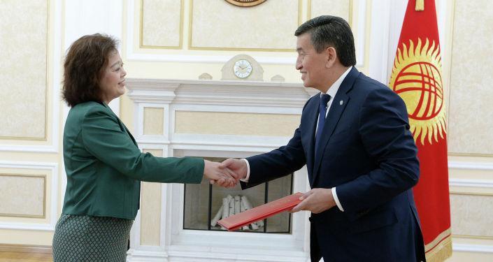 Президент Сооронбай Жээнбеков сегодня, 13 марта, принял верительные грамоты у послов пяти стран