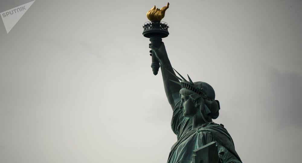Статуя Свободы в Нью-Йорке. Архивнео фото