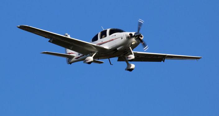 Легкомоторный самолет Cirrus SR20. Архивное фото