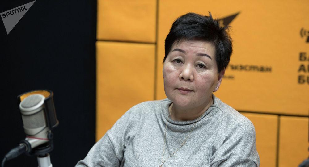Бишкек мэриясынын шаардык чарба департаментинин көрктөндүрүү бөлүмүнүн башкы адиси Нурия Абдырахманова
