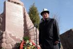Президент Сооронбай Жээнбеков 2002-жылы Аксы окуяларында курман болгондорду эскерүү митингинде