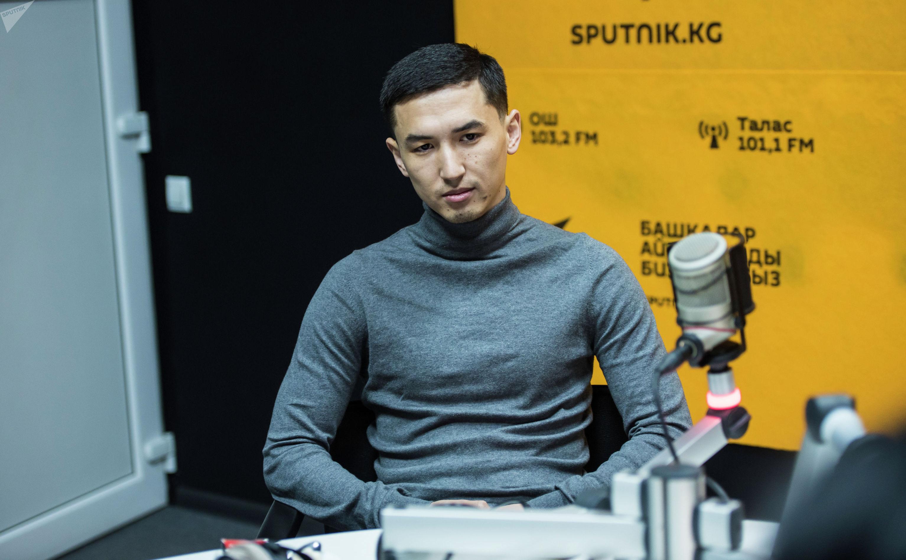 Владелец сети кальянных в Москве Адилет Кеденов