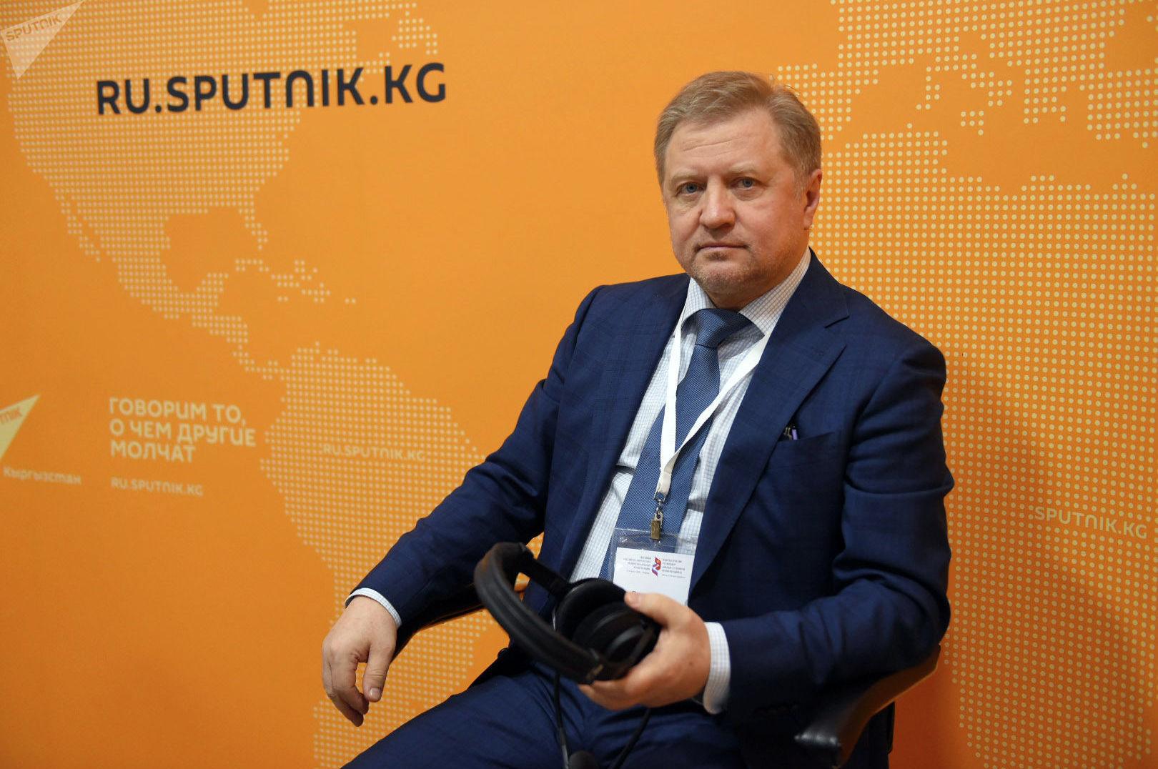 Генеральный директор Института ЕАЭС Владимир Лепехин в эфире радио Sputnik Кыргызстан.
