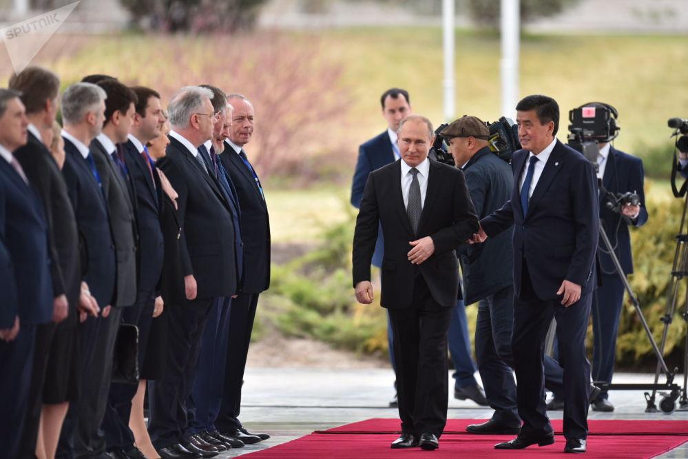 Кыргызстан менен Россия саясий өнөктөштөр. РФ президентинин мамлекеттик сапары кызматташууну дагы арттырмакчы