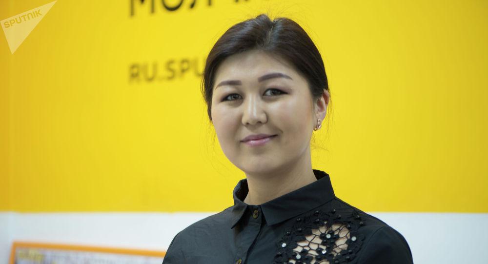 Барпы атындагы Жалал-Абад облустук кыргыз драма театрынын адабий бөлүмүнүн башчысы Айгерим Дүйшө кызы