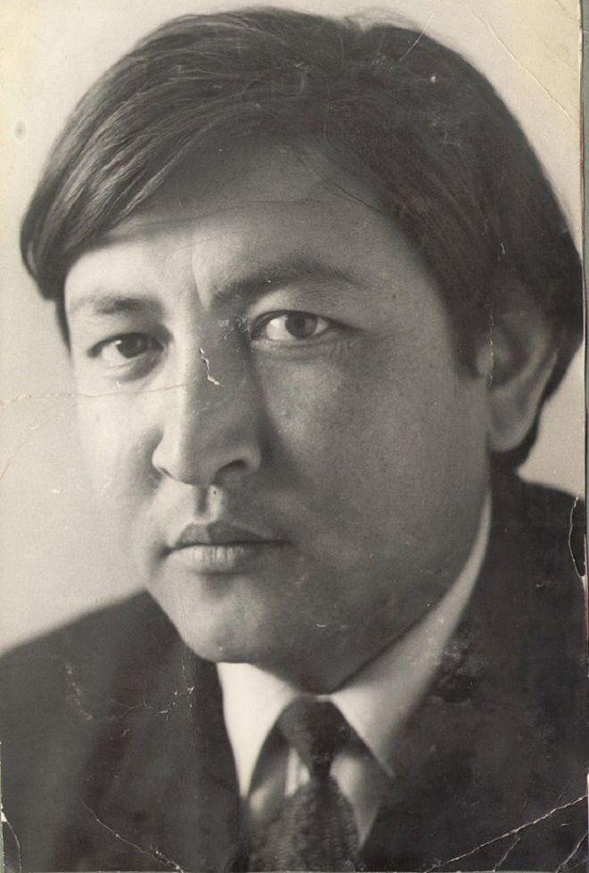Кыргызский поэт прозаик, переводчик Жолон Мамытов