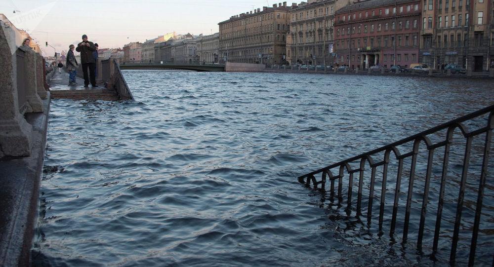 Набережной реки Фонтанки в Санкт-Петербурге. Архивное фото