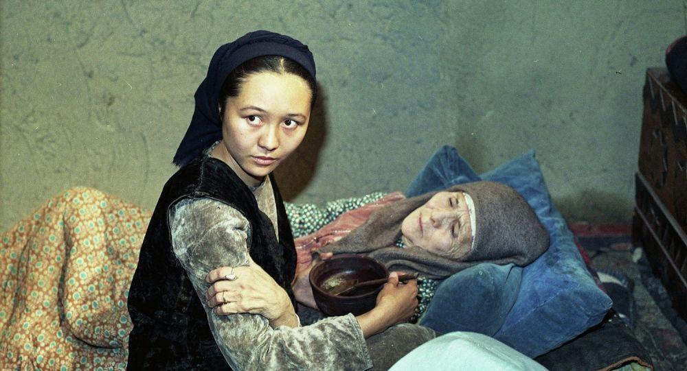 Актриса Шайыр Касымалиева в роли Сейде в фильме Лицом к лицу