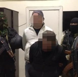 В социальных сетях распространяется видео допроса задержанных по подозрению в похищении 12-летнего Данила Браилкина в Канте.