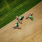 Посев подсолнечника в посёлке Двубратском в Краснодарском крае