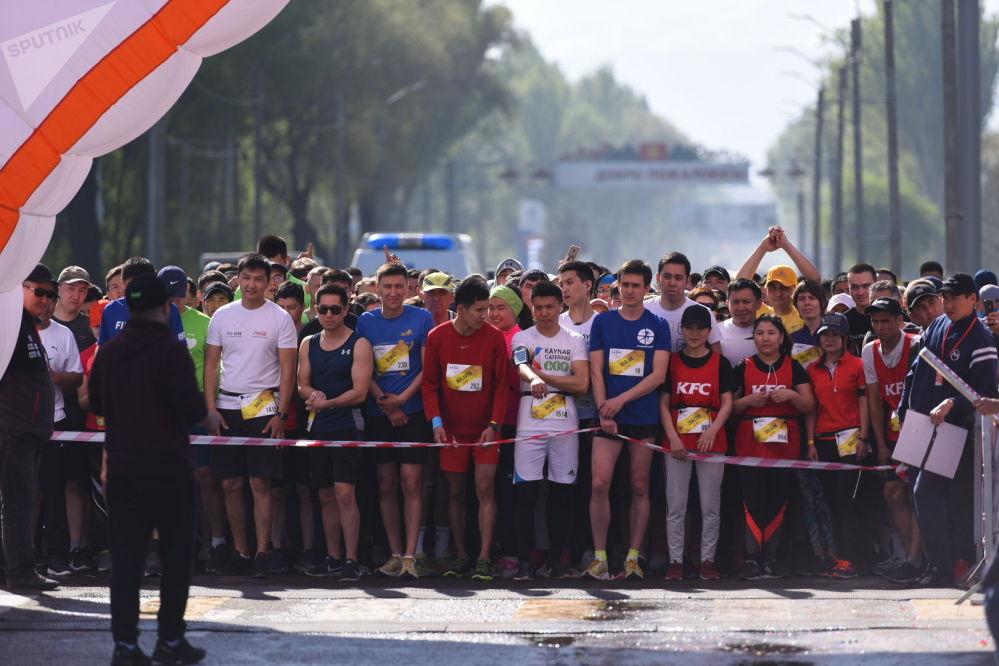Во взрослых забегах участвовали 1 500 человек