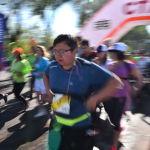 Бүгүнкү жарым марафонго жаш-кары дебей ар кандай курактагы адамдар катышты. Бир нече компаниянын кызматкерлери чогулуп команда болуп келгендери да бар.