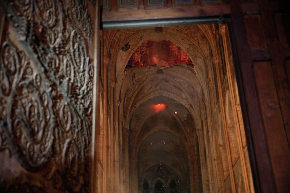 Вид из собора изнутри