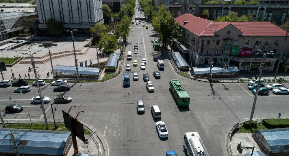 Бишкектин көчөлөрү. Архивдик сүрөт