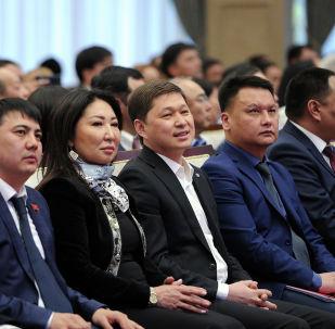 Экс-премьер-министр КР Сапар Исаков. Архивное фото