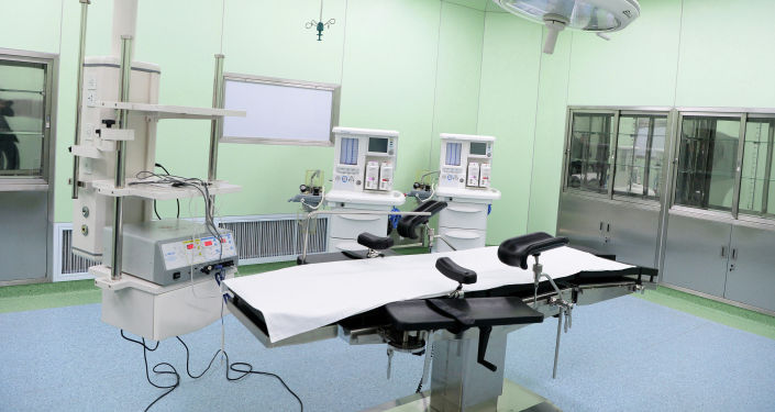 Медицинская комната для обследования пациентов в Ошской городской клинической больнице