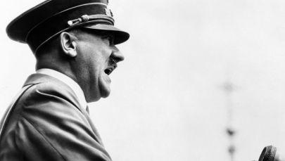 Рейхсканцлер и глава нацистской Германии Адольф Гитлер. Архивное фото